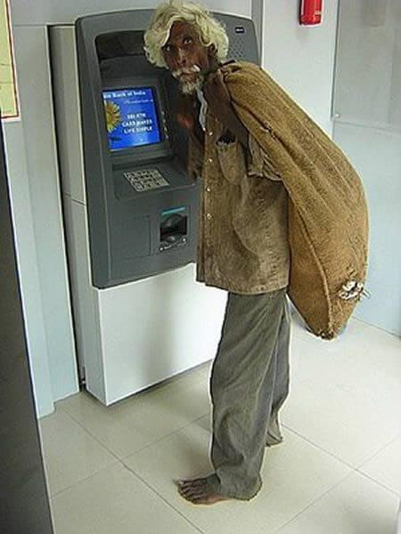 bankomat002